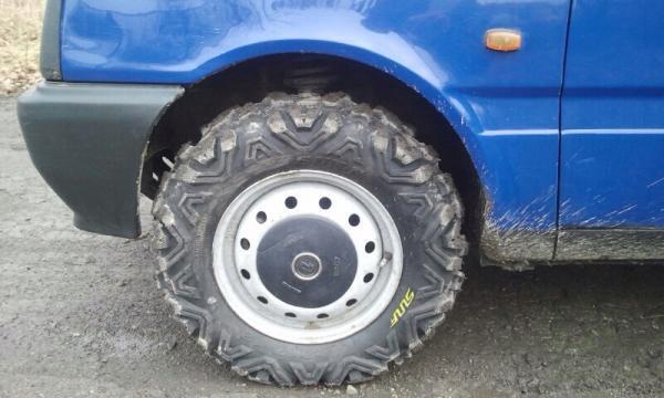 Грязевые шины 22*7.00-12 EKKA P3501 на штатные диски автомобиля Ока