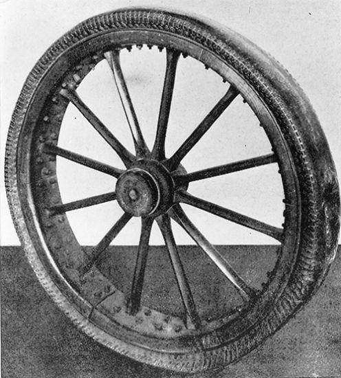 История появления пневматических шин