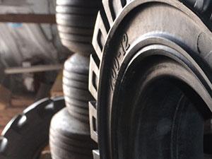 Как продлить срок службы шин для спецтехники?